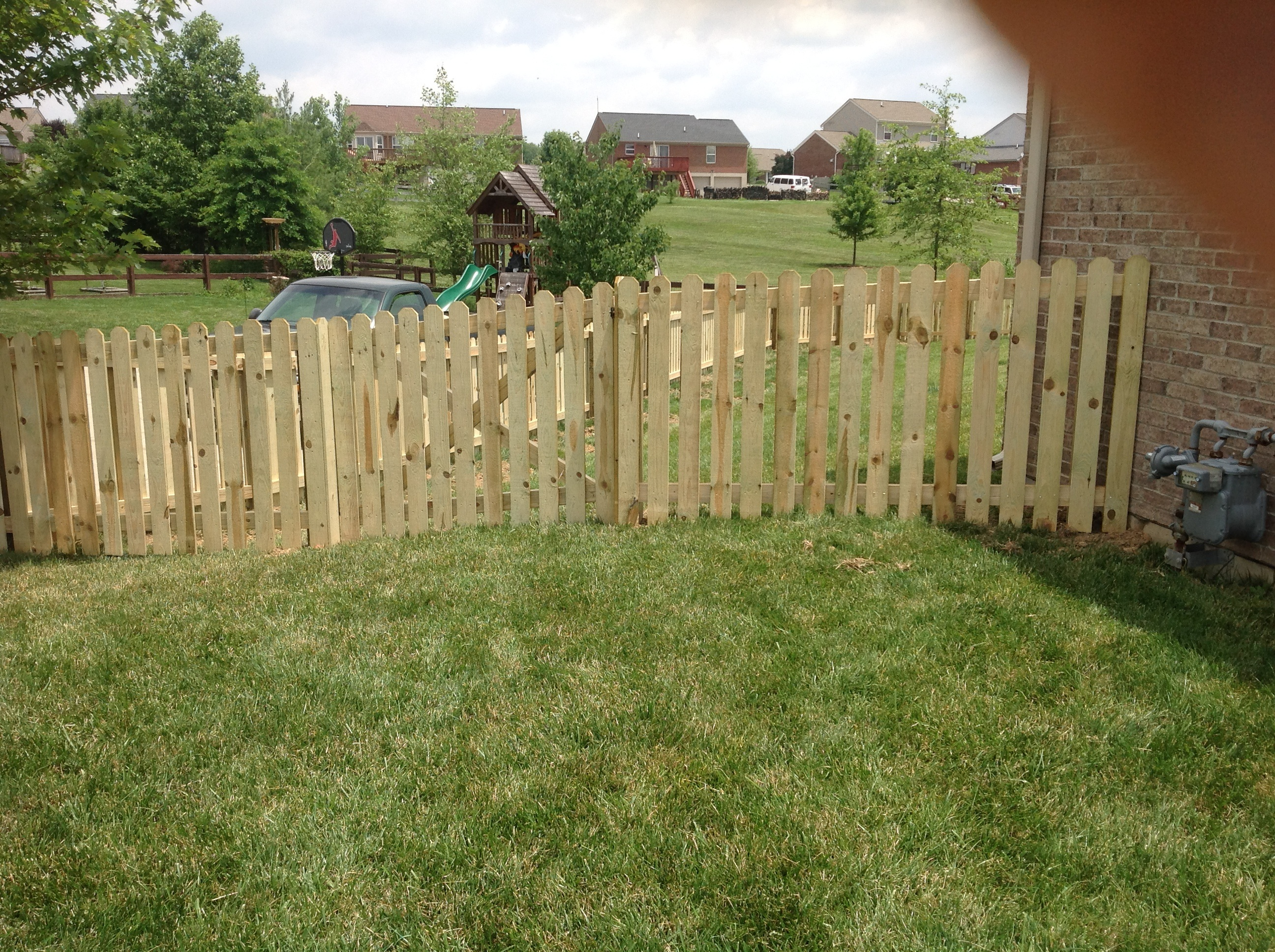 Wood fences burcor fence 4 dog ear picket with 112 spacing baanklon Gallery