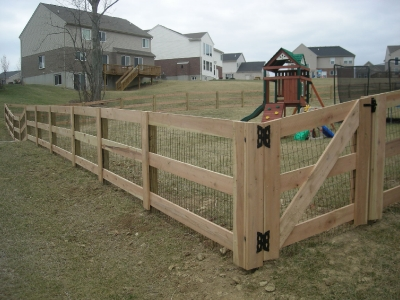 Wood 3 Rail Fence with Liner